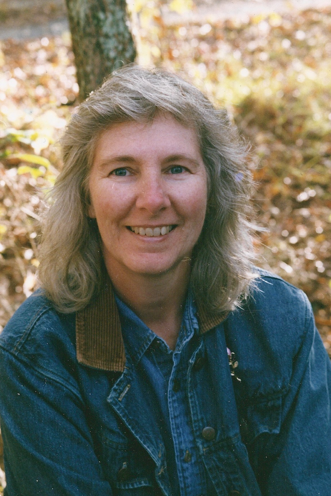 writer profile photo cindy susanbmead network